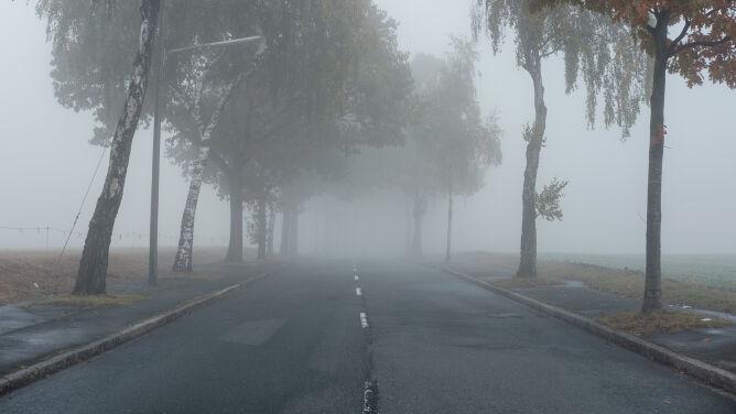 Po porannych mgłach, warunki do jazdy będą dobre