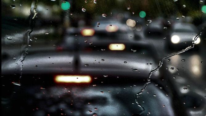 Uwaga na intensywne opady deszczu i silny wiatr