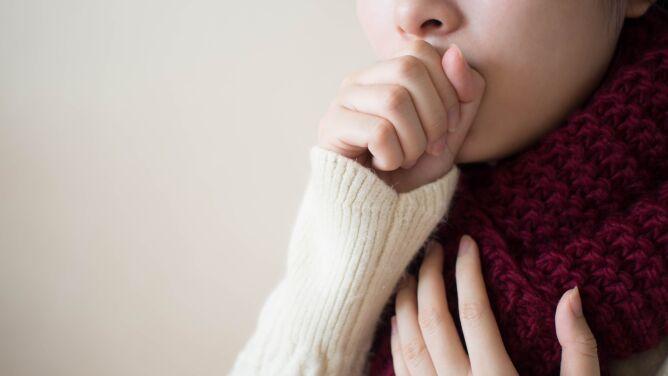Po czym poznać, że ból gardła jest spowodowany alergią, a nie przeziębieniem?